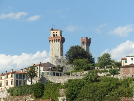 The castle of Nozzano - Lucca